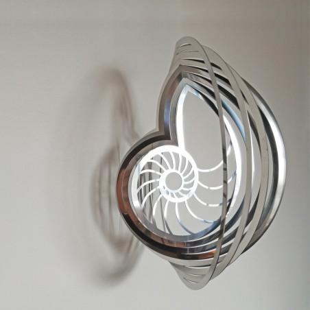 Three-dimensional Nautilus